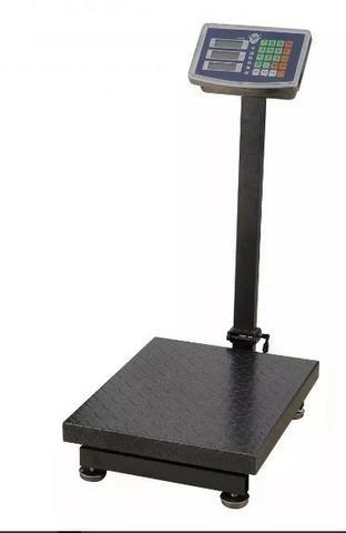 Balança 300 kilos , com visor , mais bateria interna Digital Nova . Qualidade
