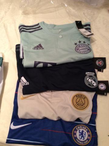 Camisa do Bayern Munchen 75462daa3e803
