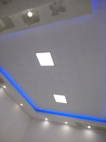 Rebaixamento de teto, divisórias e móveis planejados em drywall - Foto 2