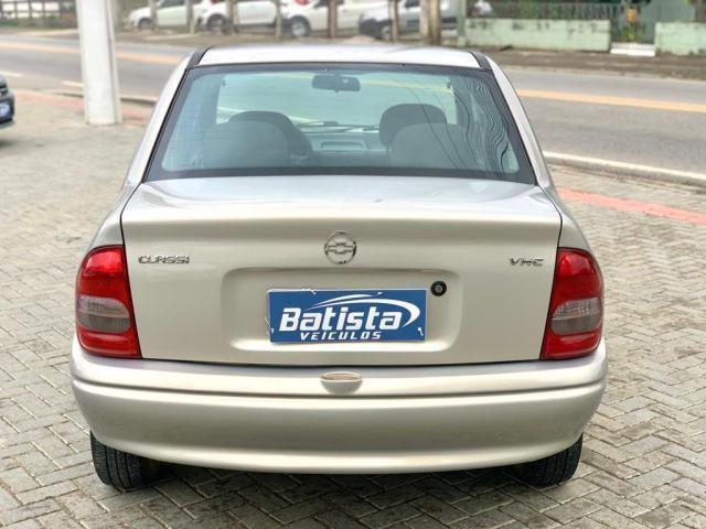 Corsa Sedan 1.0 - 2005 - Foto 6