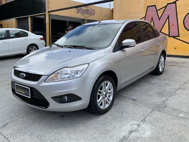 Focus Sedan GLX 2.0 Automático 2013/2013