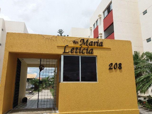 Apartamento com 03 Quartos  Cond. Maria Leticia Mauricio de Nassau