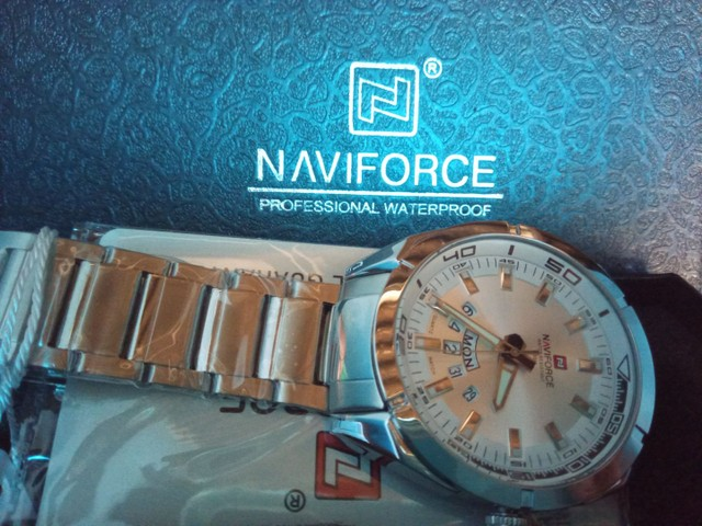 Naviforce 9830