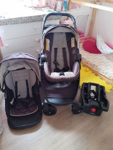 Carrinho + bebê conforto Gracco Click Conect