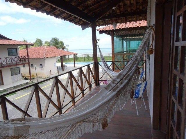Belíssima casa muito bem mobiliada a beira mar em condomínio de luxo em Maria Farinha! - Foto 3