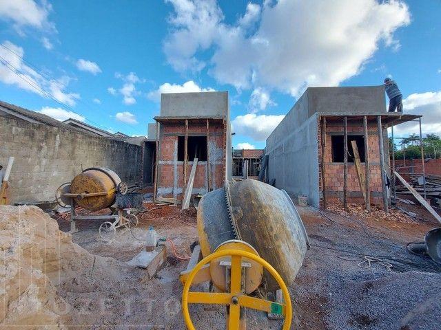 Casa para Venda em Ponta Grossa, Uvaranas, 2 dormitórios, 1 banheiro, 1 vaga