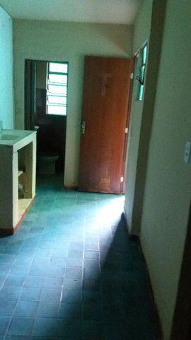 Alugo casa no alto da serra de 1 quarto, sala cozinha, banheiro e área - Foto 18