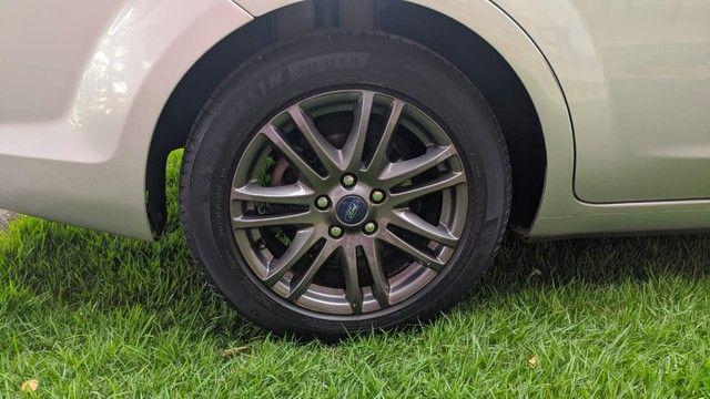 Focus Sedan GLX 2.0 - Foto 5