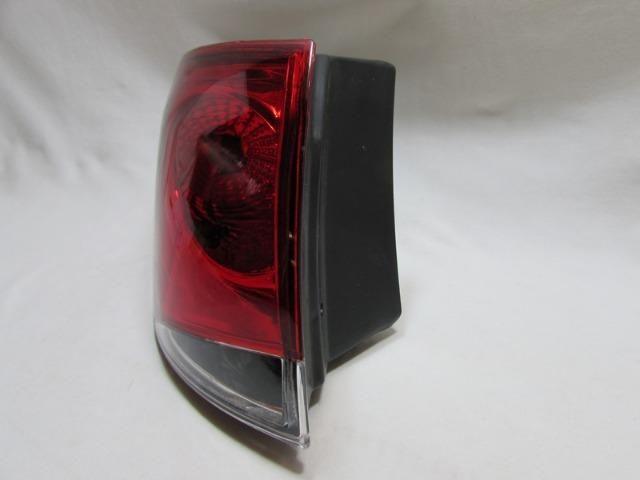 Lanterna Traseira Palio Weekend 2008 A 2012 Bicolor Esquerdo - Foto 3