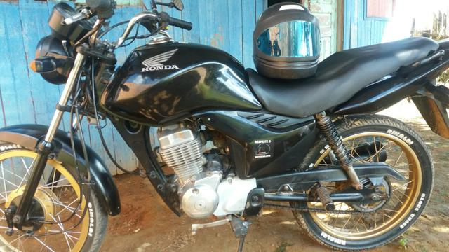 Moto fan 125 a partida (OBS.MOTO DE BRASILEIA)