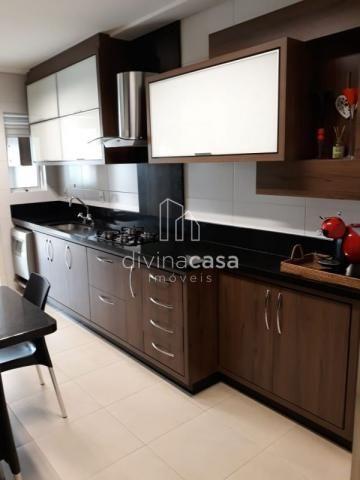 Lindo apartamento semi mobiliado, suite master mais duas suítes, em ótima localização! - Foto 14