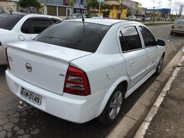Astra Sedan 2011 com GNV - Foto 2