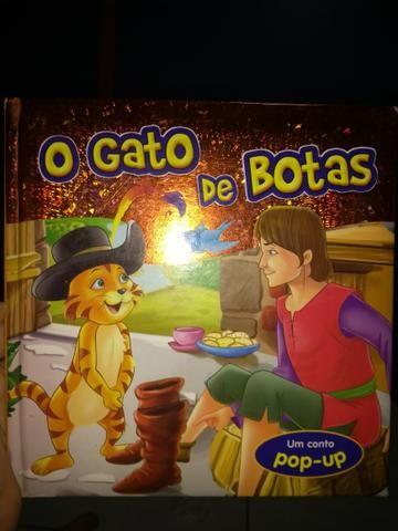 Livro : O gato de botas