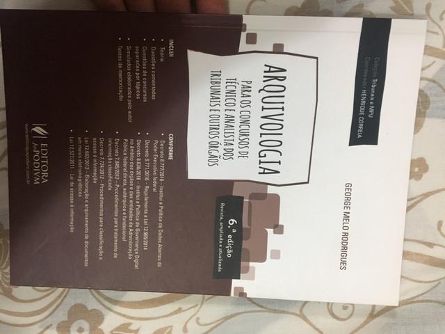 Arquivologia - edição tribunais Juspodivm