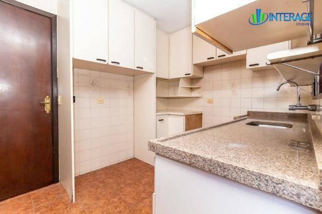 Casa em Condomínio em Santa Felicidade - 2 Andares, 200m², 3 suítes e churrasqueira - Foto 6