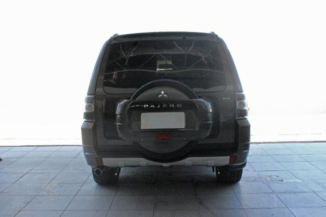Mitsubishi Pajero Full Hpe 3.2 Diesel 2013 Blindado Nível IIIA V1 - Foto 3