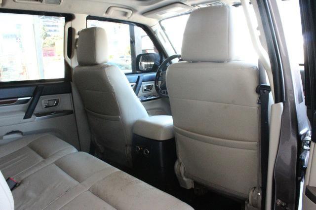 Mitsubishi Pajero Full Hpe 3.2 Diesel 2013 Blindado Nível IIIA V1 - Foto 4