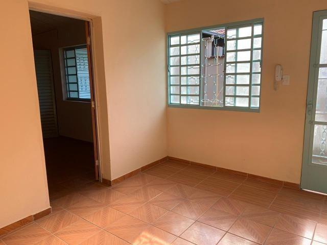 DA ótima casa em Itaúna com barracão nos fundos - Foto 18