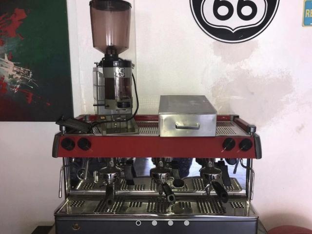 Máquina de Café Expresso Futurmat
