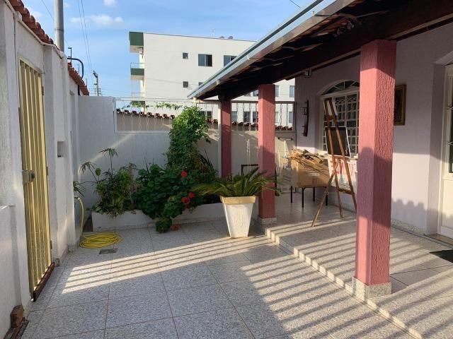DA ótima casa em Itaúna com barracão nos fundos - Foto 14
