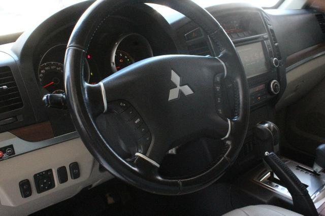 Mitsubishi Pajero Full Hpe 3.2 Diesel 2013 Blindado Nível IIIA V1 - Foto 14