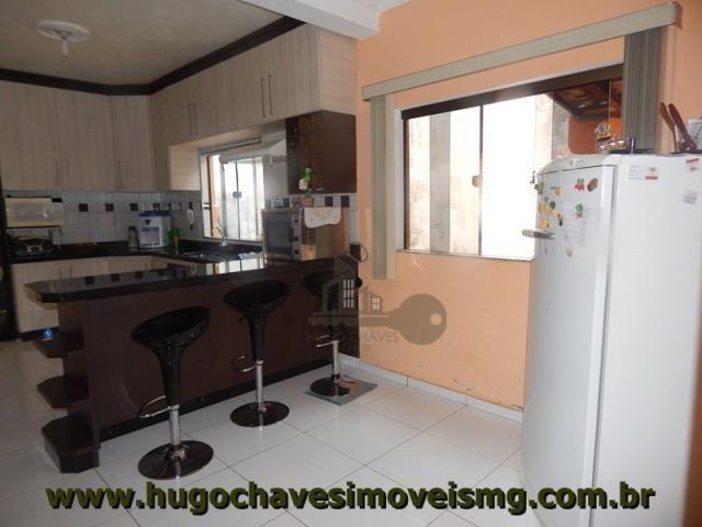 Casa à venda com 3 dormitórios em Rochedo, Conselheiro lafaiete cod:175