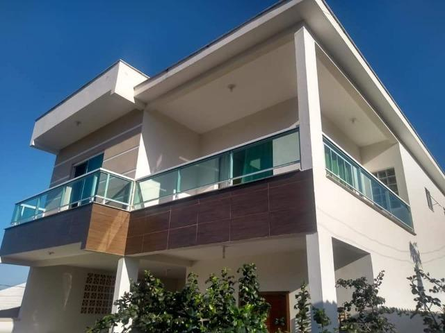 Sobrado 4 Dormitórios, 1 Suíte, Semi mobiliado localizado no Rio Vermelho! *