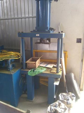 Prensa hidraulica 70 tons para aço