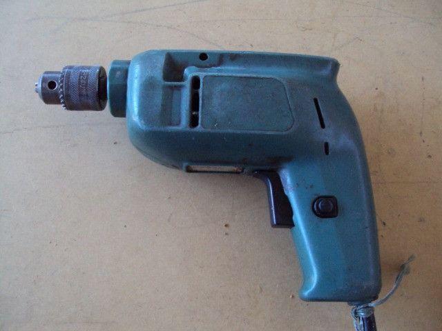 Furadeira Bosch profissional (azul) para marcenaria (sem impacto) - Foto 2