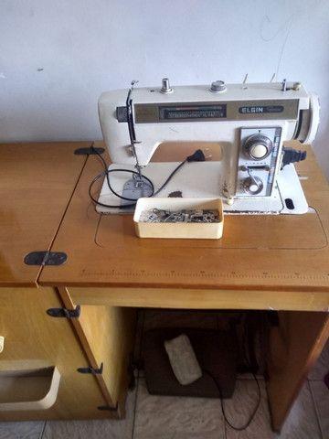 Vendo máquina de costura - Foto 4