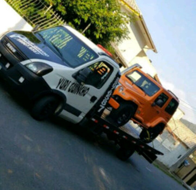 Vendo caminhão Guincho iveco