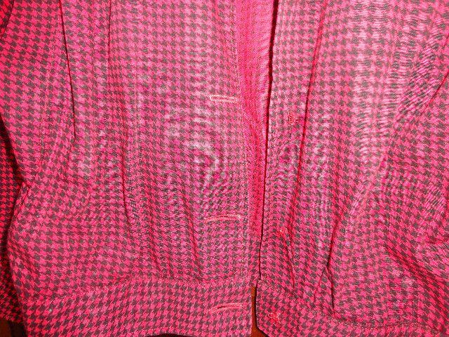 Casaco jaqueta feminina vermelha com xadrez preto - Foto 5