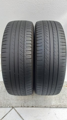 Par de Pneus Michelin  195/65 R15