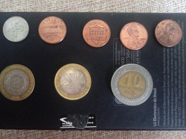 Notas de dinheiro antigas e moedas - Foto 2