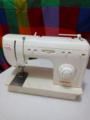 Vendo Maquina de costura Singer - Foto 2
