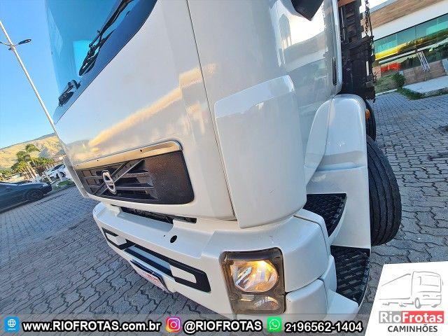 Volvo VM 270 Bitruck / C.Leito   Carroceria 8,50 M - Foto 3