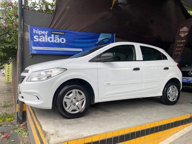 Chevrolet  ONIX LS 1.0 flex  2016  único dono  ( 1 ano de garantia ) - Foto 7