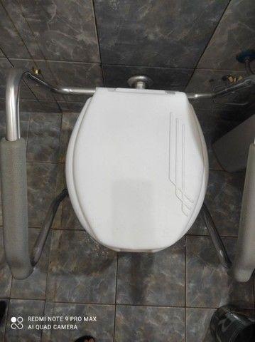 Barra de apoio para vaso sanitário  - Foto 2