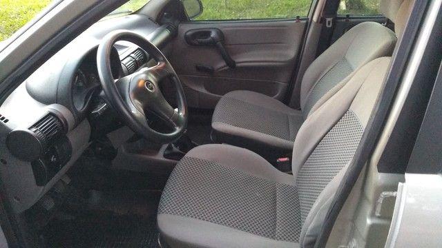 Chevrolet clássic (direção ar) - Foto 7