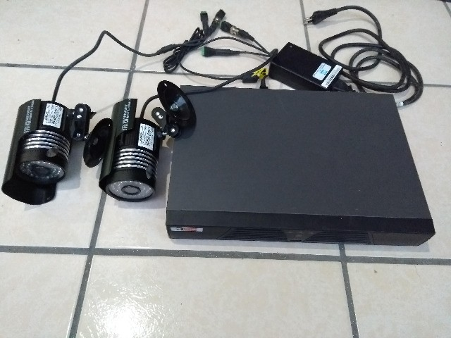 Gravador DVR Dss para 8 câmeras (acompanha 2 câmeras) - Foto 3