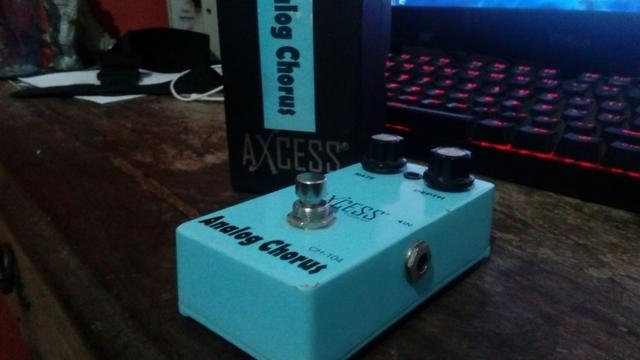 Pedal de Guitarra Analog Chorus Axcess
