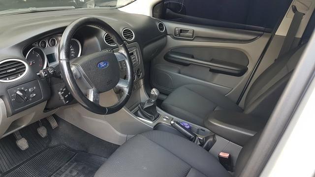 Ford Focus sedan 2012 - Foto 6