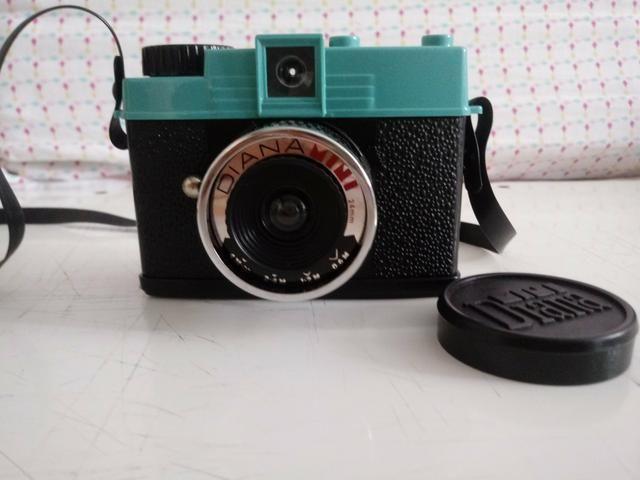Câmera Diana mini