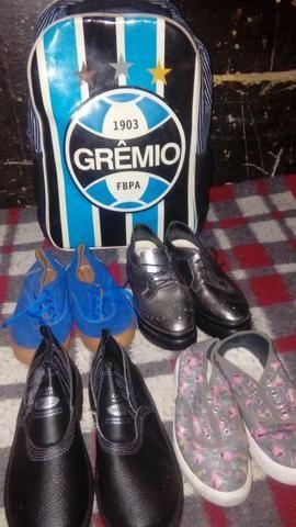Kit calçados mochila de rodinhas do grémio
