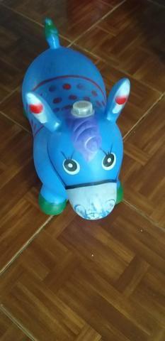 Cavalinho upa upa azul