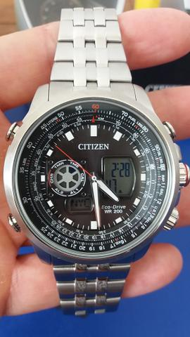 34679d1f94d Relógio Citizen Eco drive hora mundial - Bijouterias