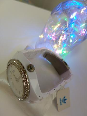 69fbc1b843a Relógio original feminino ADIDAS - Bijouterias