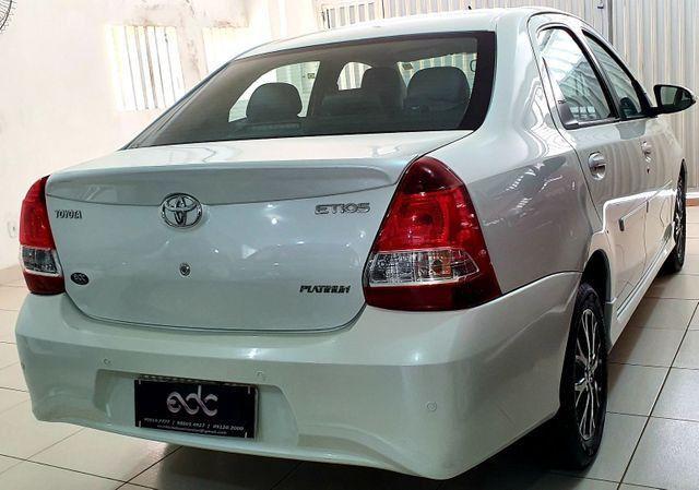 Etios Sedan Platinum 2017 - Foto 4