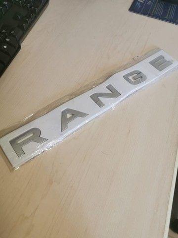Emblema nome range rover