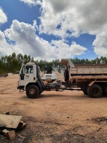 Carregadeira Maxloader, Ford cargo e Fuscao  - Foto 4